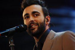 Marco Mengoni a Sanremo festeggia i primi 10 anni di carriera