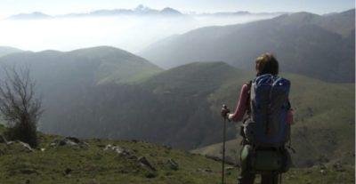 Al Nuovo Cinema Aquila Lydia B. Smith presenterà Sei vie per Santiago (Walking The Camino)