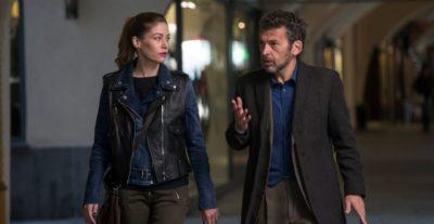 Tu mi nascondi qualcosa: al cinema da aprile con Giuseppe Battiston, Rocco Papaleo e Sarah Felberbaum