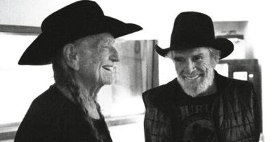 Willie Nelson & Merle Haggard si rincontrano e pubblicano Django e Jimmie