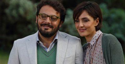 Stai lontana da me: trailer e poster del nuovo film com Enrico Brignano e Ambra Angiolini