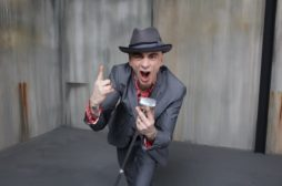 """Ermal Meta eJ-Ax in radio con il nuovo singolo """"Un'altra volta da rischiare"""""""