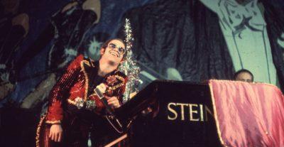 Rocket Man: la stravagante vita di Elton John a maggio al cinema