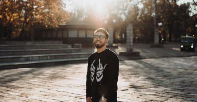 """Stefano Reis pubblica il suo nuovo brano dal titolo """"All The Way Up"""""""