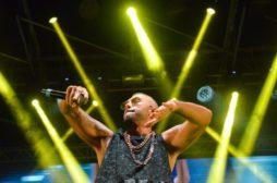 Shade e Mondo Marcio: rime taglienti per i due rapper in concerto a Giffoni