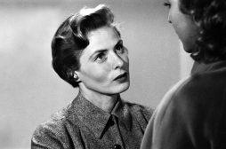 Disponibile su Youtube Europa '51 di Roberto Rossellini, con Ingrid Bergman