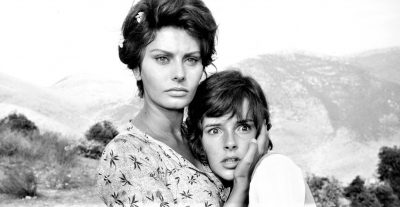 Disponibile su RaiPlay La ciociara di Vittorio De Sica, con Sophia Loren.