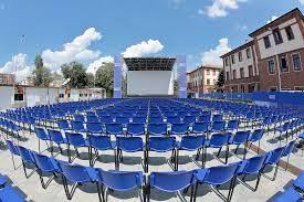 Comedy Festival all'Arena Milano Est dal 9 al 15 agosto