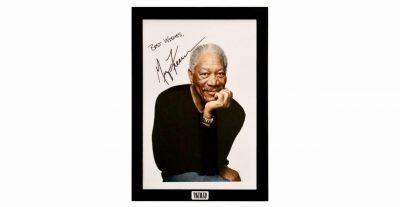 Autografo di Morgan Freeman venduto all'asta per 22.500 Euro