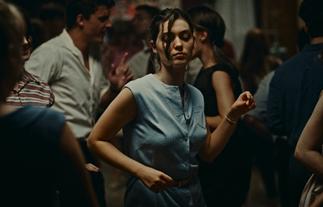 "Venezia 78:  L'événement vince il Leone d""Oro come Miglior Film"
